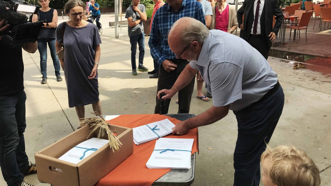 950 Unterschriften besiegeln  Volksabstimmung in Ludesch
